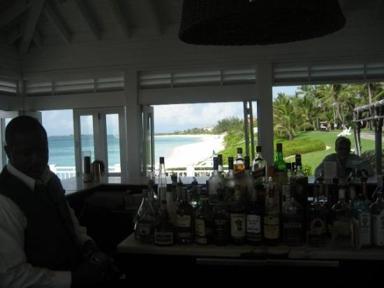 The Ocean Club, A Four Seasons Resort, Bahamas: The Bar at Ocean Club Paradise Island