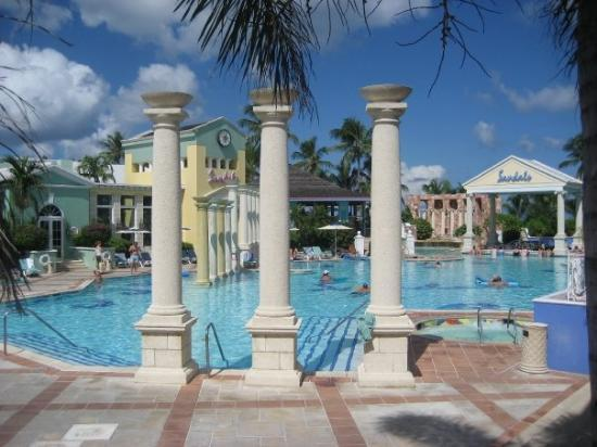 Sandals Royal Bahamian Spa Resort & Offshore Island: Sandals Royal Bahamian - Quiet Pool