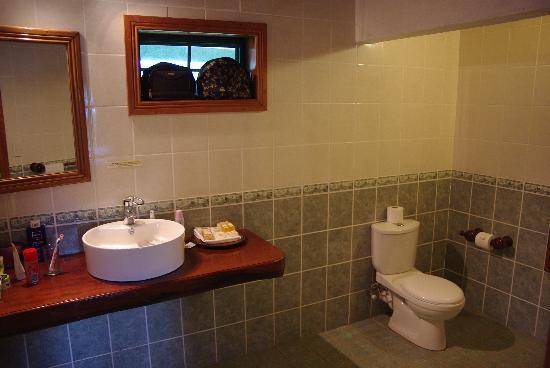 Amoa Resort: Bathroom