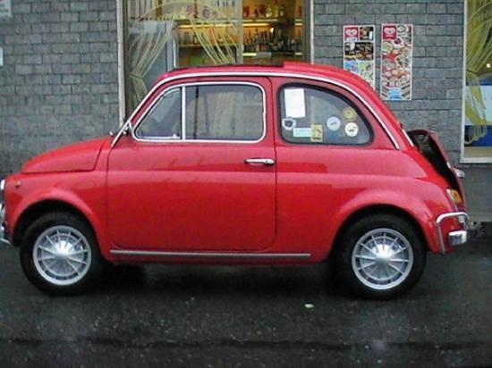 สเตรซา, อิตาลี: italian's car