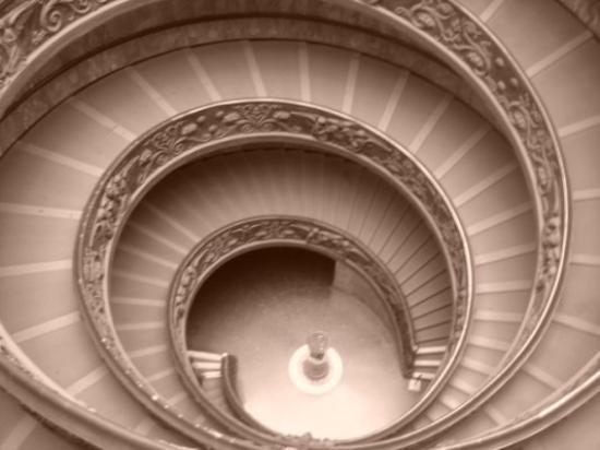 พิพิธภัณฑ์วาติกัน: Escalier musée du vatican