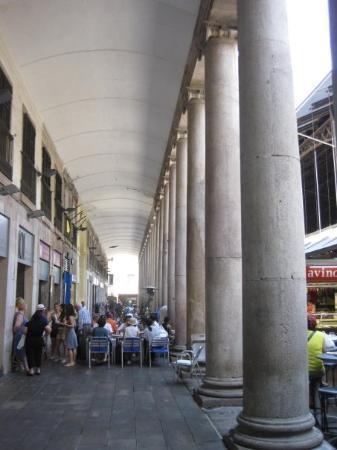 Mercat de la Boqueria: Mercat Boqueria aside of the Rambla St. Josep