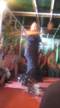 เซบียา, สเปน: Flamenco dancing in Seville