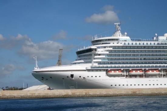 บริดจ์ทาวน์, บาร์เบโดส: Caribbean Princess - our cruise ship