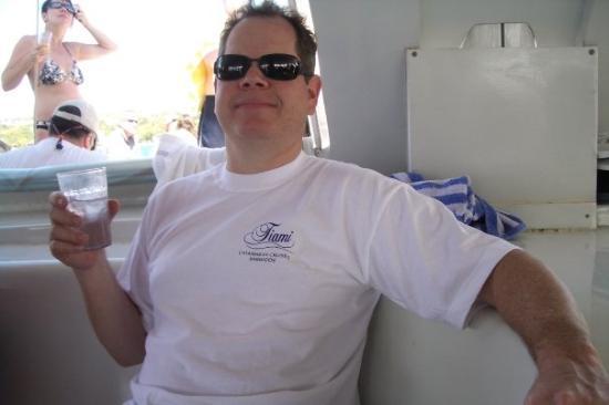 บริดจ์ทาวน์, บาร์เบโดส: Dan on the catamaran