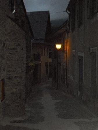 Viella ภาพถ่าย