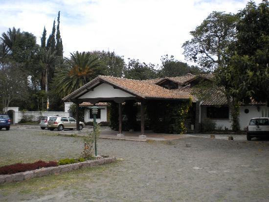 Garden Hotel San Jose : The front entrance