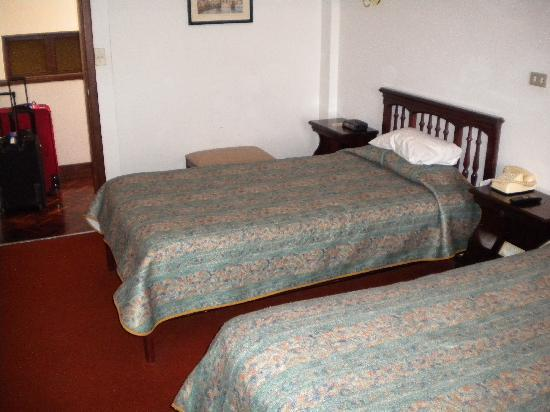 Garden Hotel San Jose : Double room