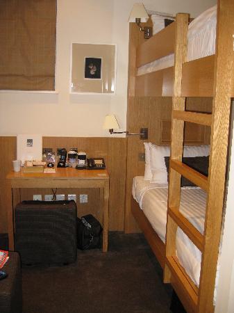 เบส2สเตย์เคนซิงตัน: Our bunk beds. Super comfortable.