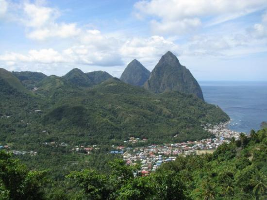 Soufriere, เซนต์ลูเซีย: The Twin Pitons of St Lucia