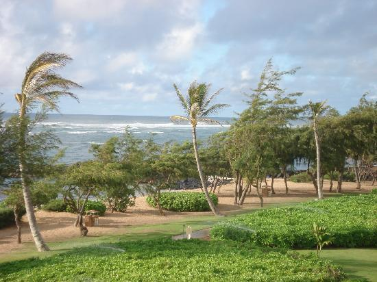 Waipouli Beach Resort: View from lanai at H301