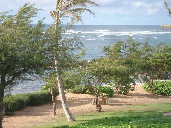 Waipouli Beach Resort: View from the lanai at H301