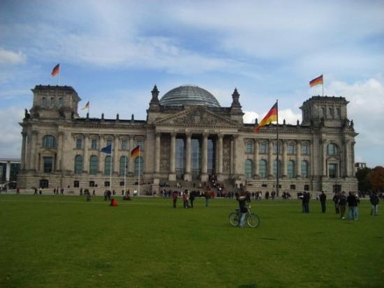 สภาผู้แทนราษฎรเยอรมัน: Reichstag - Berlin - October 2008