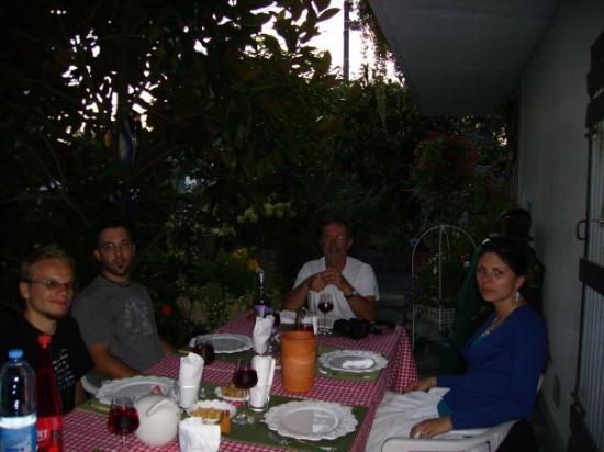 อานเนอมาส, ฝรั่งเศส: francuska kolacja:D