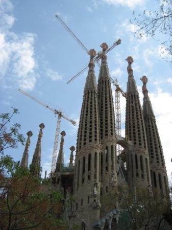 โบสถ์แห่งครอบครัวศักดิ์สิทธิ์: Sagrada Familia 1