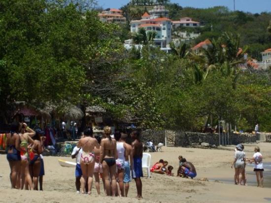 ไลฟ์สไตล์ ทรอปิคอลบีช รีสอร์ท & สปา: Beach bum activities