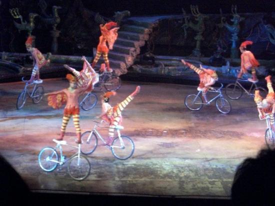 Beizhen, จีน: circus