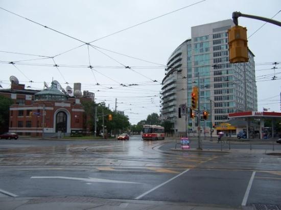 โตรอนโต, แคนาดา: Toronto looks new.