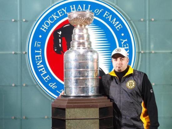 โตรอนโต, แคนาดา: Holy S h i t The Cup!!!!!