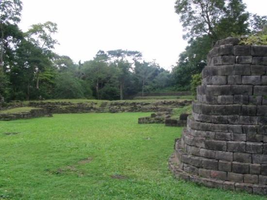 ปลาเซนเซีย, เบลีซ: Lubaantun ruins
