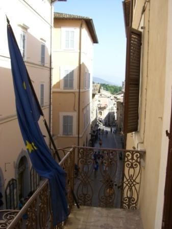 อัสซีซี, อิตาลี: View from our hotel rooms at the Hotel Subasio