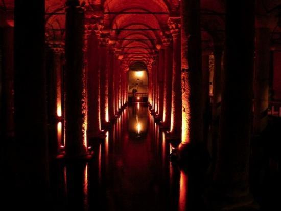 บาซิลิกาซิสเทิร์น: Yerebatan Sarnici - The Basilica Cistern - Istanbul 3