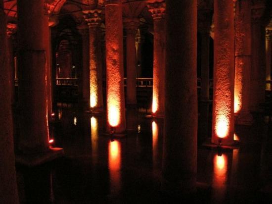 บาซิลิกาซิสเทิร์น: Yerebatan Sarnici - The Basilica Cistern - Istanbul 2