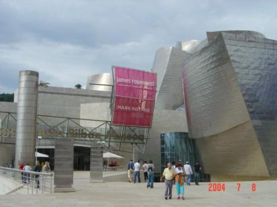 พิพิธภัณฑ์กุกเกนไฮม์ บิลเบา: Bilbao-Spain