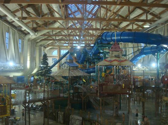 Great Wolf Lodge: the water park from the observation deck