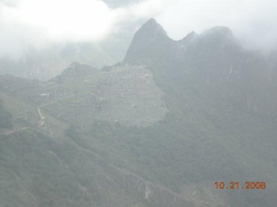 มาชูปิกชู, เปรู: vista de la ciudadela desde EL INTIPUNKU