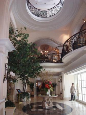 Hotel Gran Mahakam Jakarta: le hall d'entrée de mon hôtel
