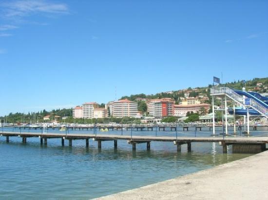 ปอร์โตรอซ, สโลวีเนีย: Portoroz, a town at the adriatic coast