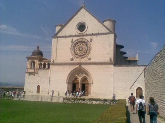 อัสซีซี, อิตาลี: SAN FRANCESCO