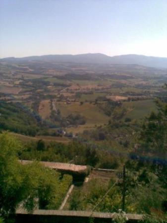 Todi Photo