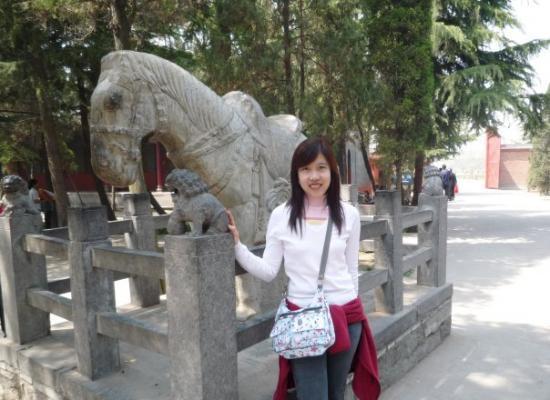 White Horse Temple: วัดม้าขาว