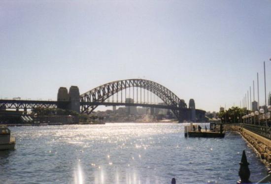 สะพานซิดนีย์ฮาเบอร์: Sydney