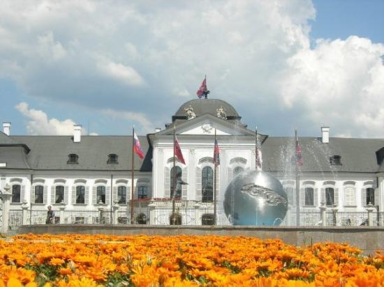 บราติสลาวา, สโลวะเกีย: The president's palace