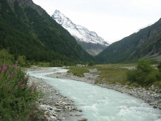 Zinal, la route vers les mines de cuivre