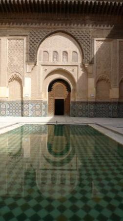 อาลีเบนยูเซฟเมเดรซา: Ali ben Youssef Medersa,  Marrakech