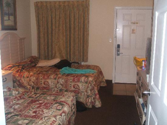 เลกาซี่บายเดอะซี: Bedroom