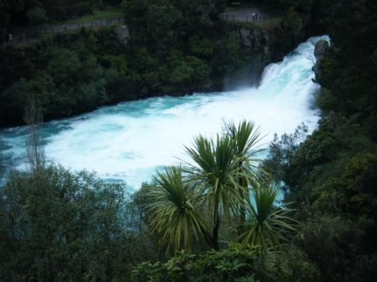 Huka Falls tracks ภาพถ่าย