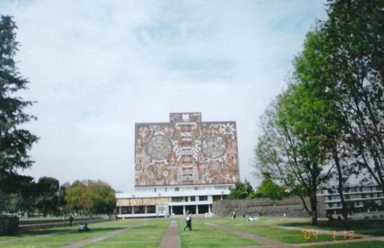 เม็กซิโกซิตี, เม็กซิโก: National University of Mexico
