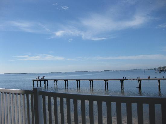 Best Western Plus Yacht Harbor Inn: View from back door
