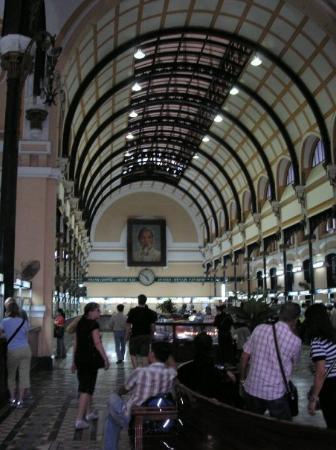 โฮจิมินห์ซิตี, เวียดนาม: Post Office Interior, Siagon