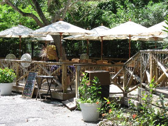 Garden of the Groves: the restaurant is all outdoors