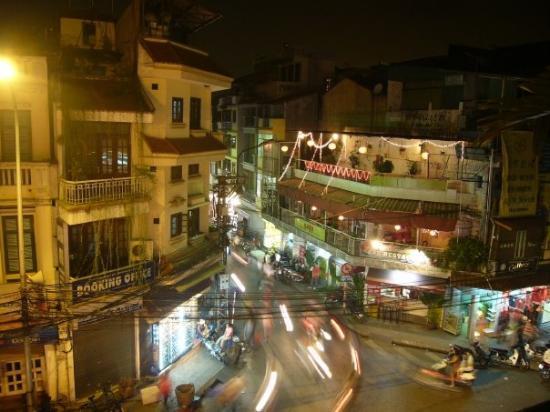 ฮานอย, เวียดนาม: Hanoi Old Quarter at night