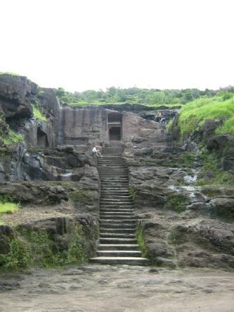 Ellora, อินเดีย: Cave number ummmm i dont remember now.