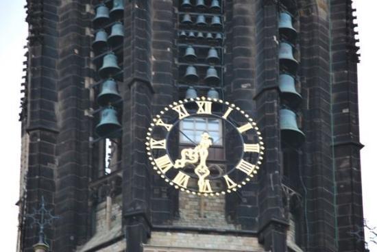 เดลฟต์, เนเธอร์แลนด์: church bells