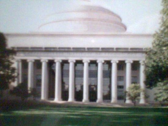 Massachusetts Institute of Technology (MIT): M .I.T, University   BOSTON