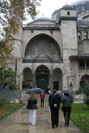 มัสยิดสุลต่านอาห์เมต: one of the beautiful mosques in istanbul